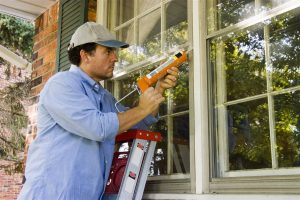 a contractor Sealing window | GC Home Inspection | winter home problem Pearland