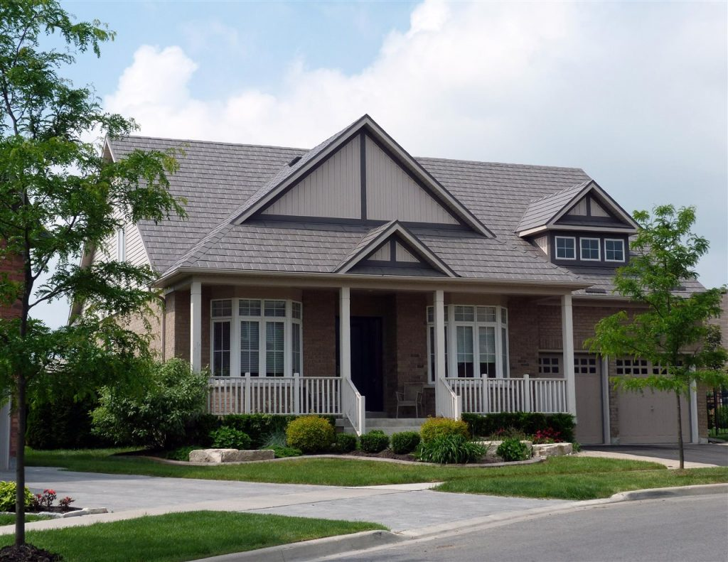 beautiful house   GC Home Inspection   metal roofing Pearland TX